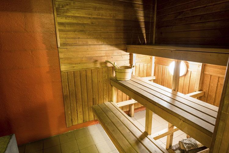 saun-naiste